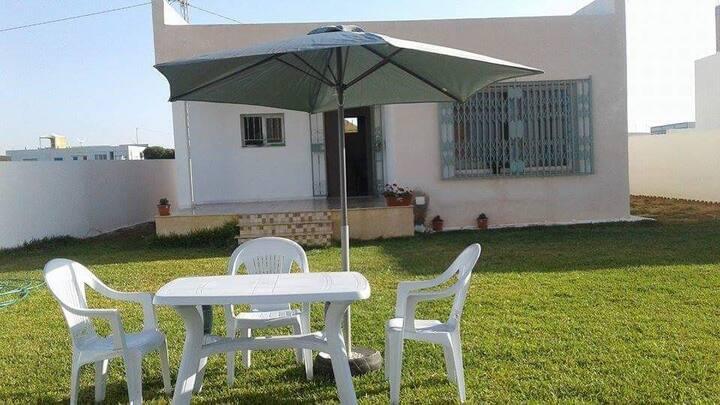 Villa entière  avec piscine privée  à haouaria
