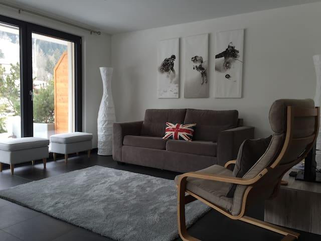 Modern, Sunny, Beautiful. - Le Chable - Lägenhet