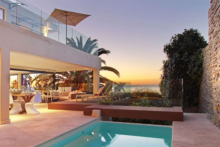 Exquisite Clifton villa with private pool