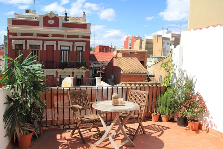 BRIGHT ATTIC w SUNNY TERRACE, NEAR TO THE BEACH! - Valence - Loft