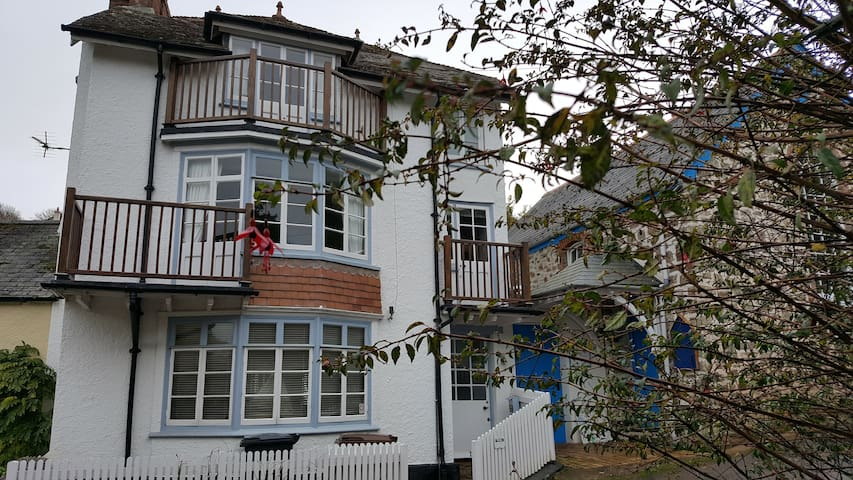 Lovely 3 storey house in Hope Cove South Devon - Hope Cove - Huis