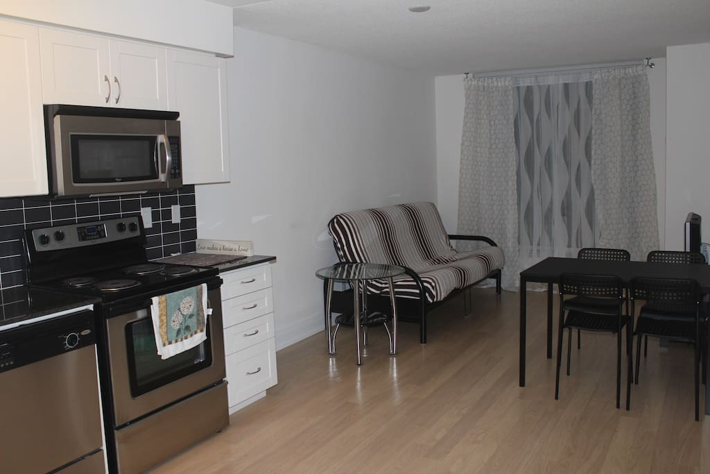 1 Bedroom And Office Appartment At Subway Station Apartments For Rent In Toronto Ontario Canada