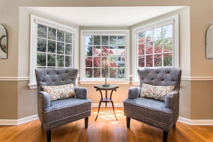Living Room w/ Bay Window