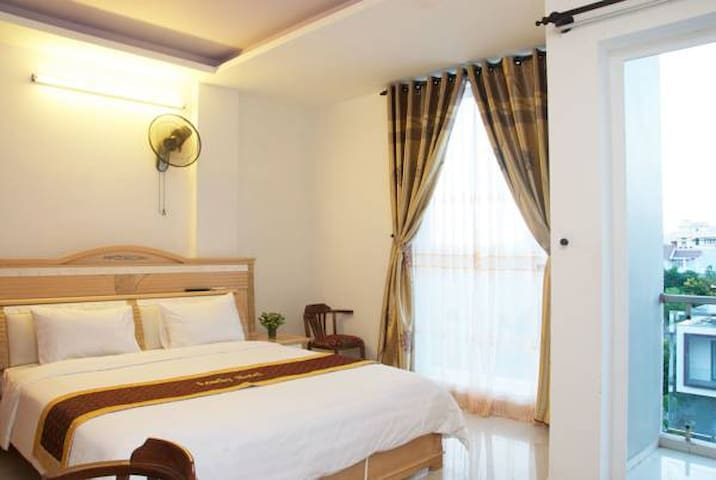 Loseby Hotel, cheapest-price for deluxe room