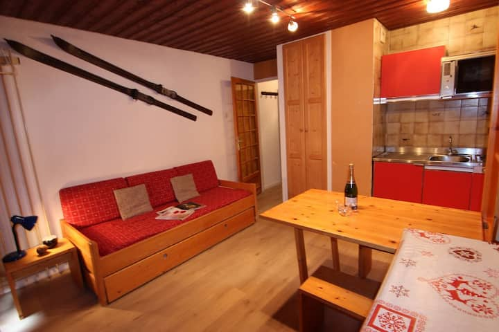 VAL THORENS FUNCTIONAL 2 PEOPLE STUDIO CLOSE TO ALL FACILITIES