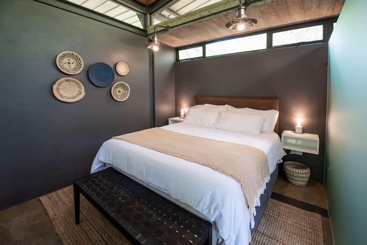 Bedroom 4 with queen bed.