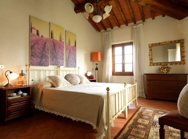 Casale Boscone - Apt. Boscone n.4 - Gambassi Terme - Apartamento