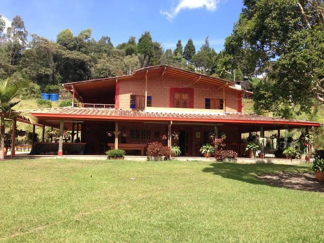 Beautyful Countryhouse -Hermosa finca campestre