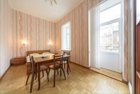 Cozy studio centrally located near Olympic stadium