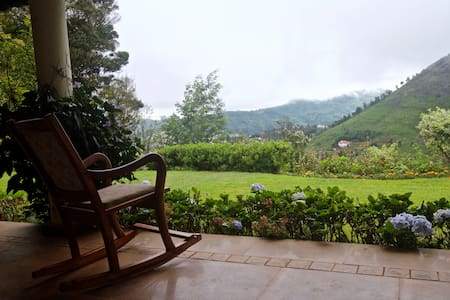 Room in the Nilgiris - Coonoor