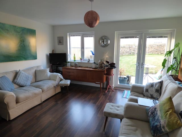 Simple and relaxed home by the sea - Portreath - Dům
