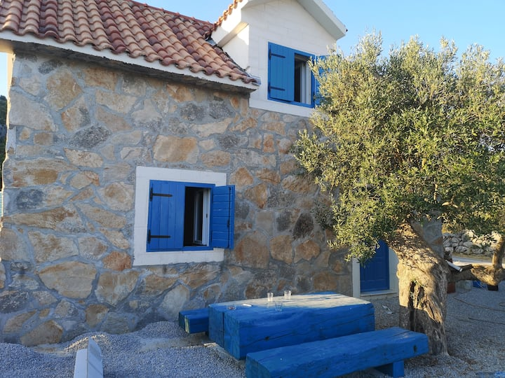 Mornarevi Mlini Blue Poolhouse