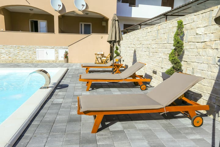 Apartment Zorica 1 with Terrace and Pool
