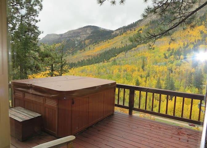 Cliff Side House - Amazing Views - Hot Tub - Durango - House