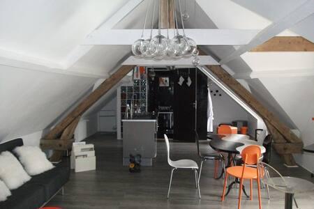 LOFT DESIGN YINLOFT Open space de 2 à 4 personnes