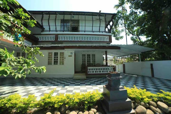 Gokulam Home Stay Standard Room - 1