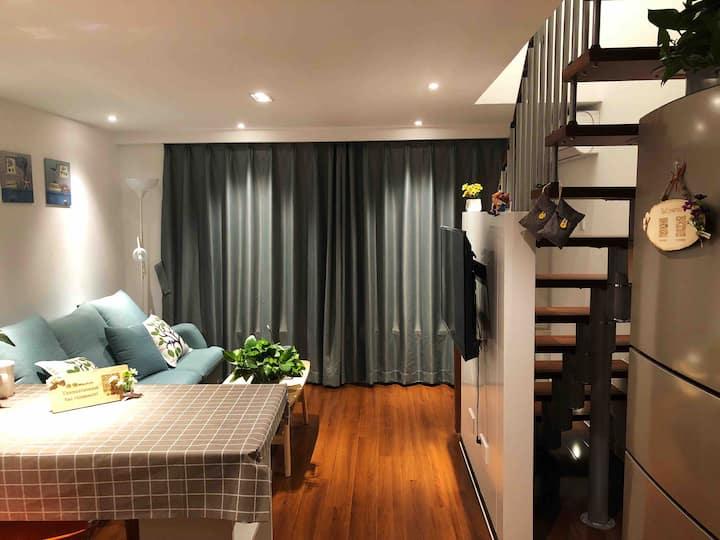 月鹿•清新loft复式公寓地铁口江南大学海岸城金融街三国水浒城融创乐园