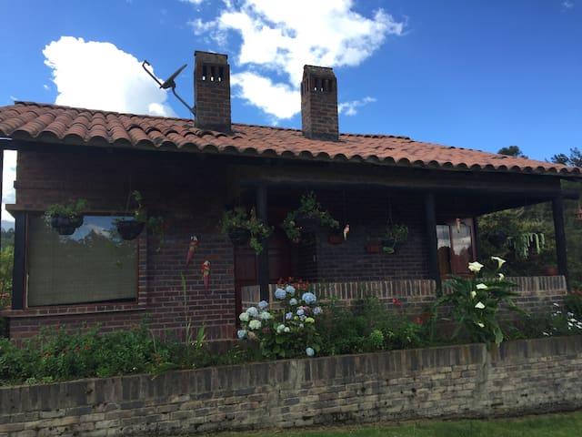 Espectacular casa campestre - Cogua - Haus