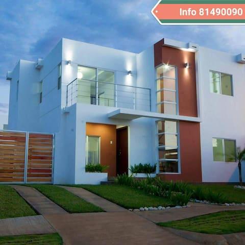 Preciosa casa !