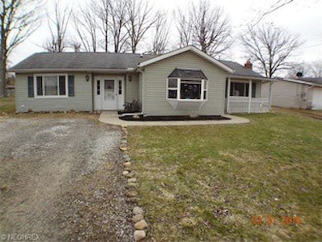 Ranch Home Centrally Located - Grafton - House