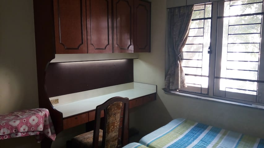 Quiet and Cozy 'Home Away from Home' - Mumbai - Byt
