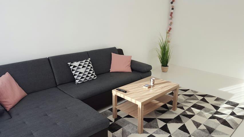 Kényelmes, modern lakás - Szeged - Departamento