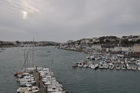 STUNNING VIEWS ON A TINY HARBOUR T3 - Audierne