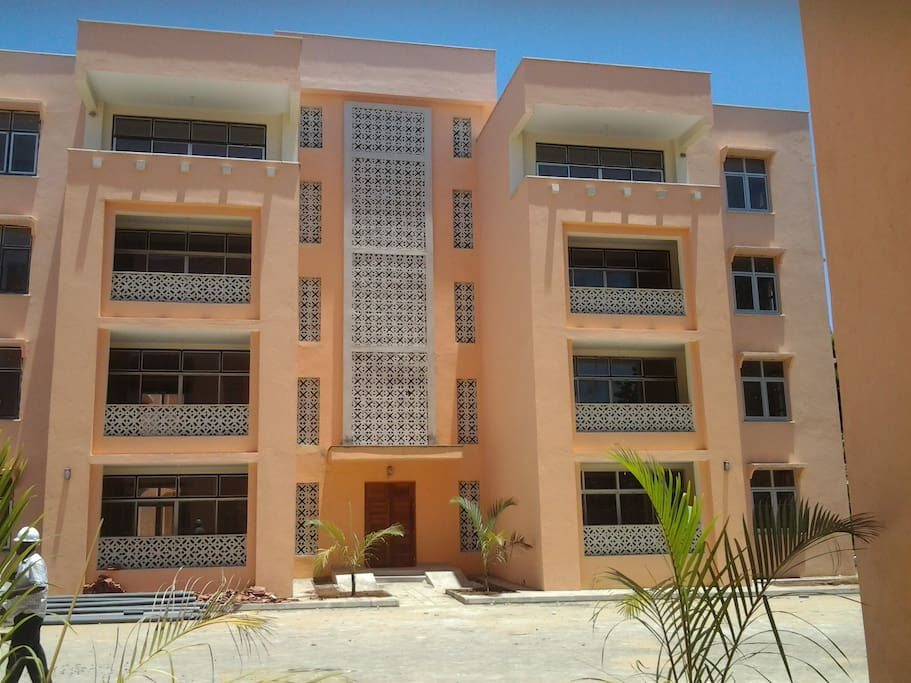 Typical apartment complex with 8 two bedroomed units