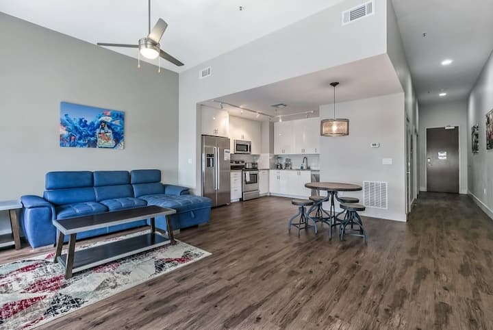 Stylish Condo in the Heart of Downtown New Orleans