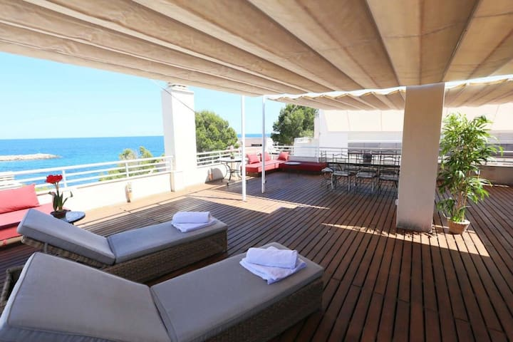 Magnificent Apartment Overlooking Cala Llobeta