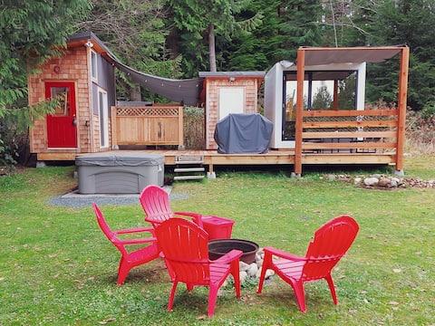 Frolander Bay Resort - Tiny Cottages