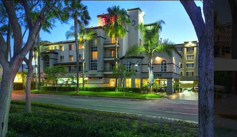 (6) Luxury apt in the heart of Disneyland. - Anaheim - Apartment