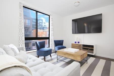 New Simple and Stylish Chelsea Studio - New York