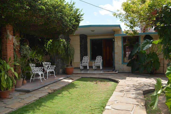 "Comfortable apartment in Santa Marta, "" El Jardin"""
