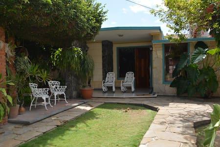 """Comfortable apartment in Santa Marta, """" El Jardin"""""""