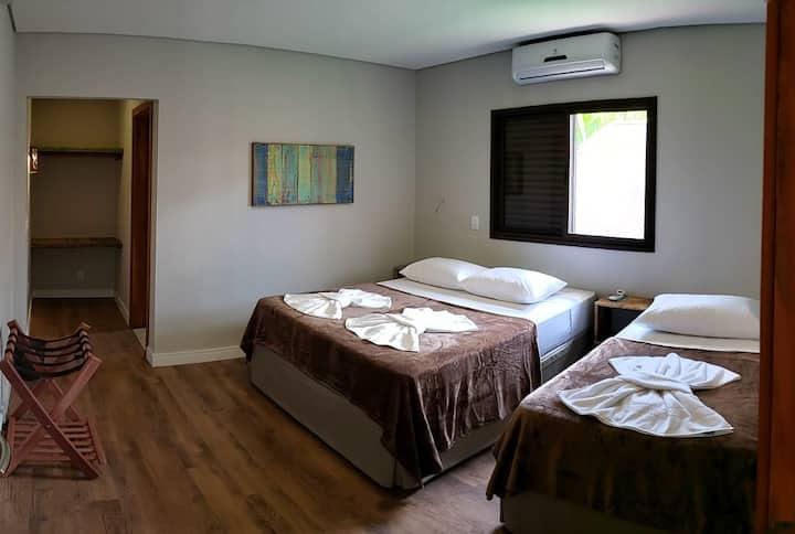 Suite nova no Centro de Bonito c/ internet FREE IV