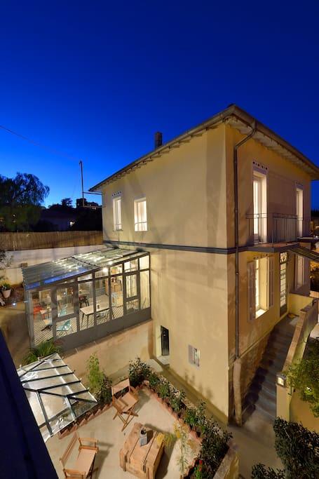 villa du roc fleuri maison compl te chambres d 39 h tes louer cannes provence alpes c te d. Black Bedroom Furniture Sets. Home Design Ideas