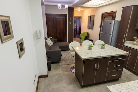 GORGEOUS apartment near Sabana Park.AMAZING RATES!