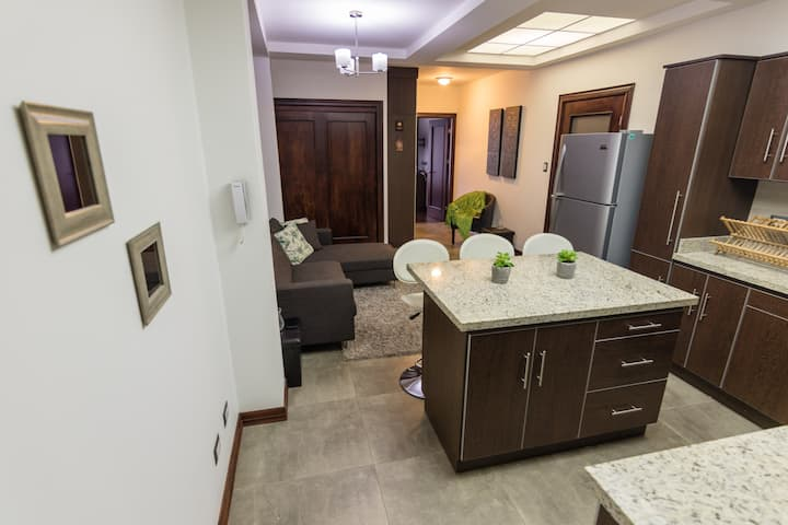 Gorgeous apartment near Sabana Park.Amazing Rates