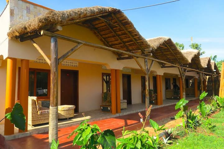 Gorilla African Guest House-Entebbe - Entebbe - Boutique hotel
