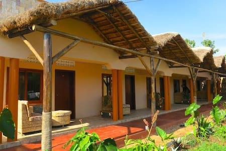 Gorilla African Guest House-Entebbe - Entebbe - Hotel butikowy