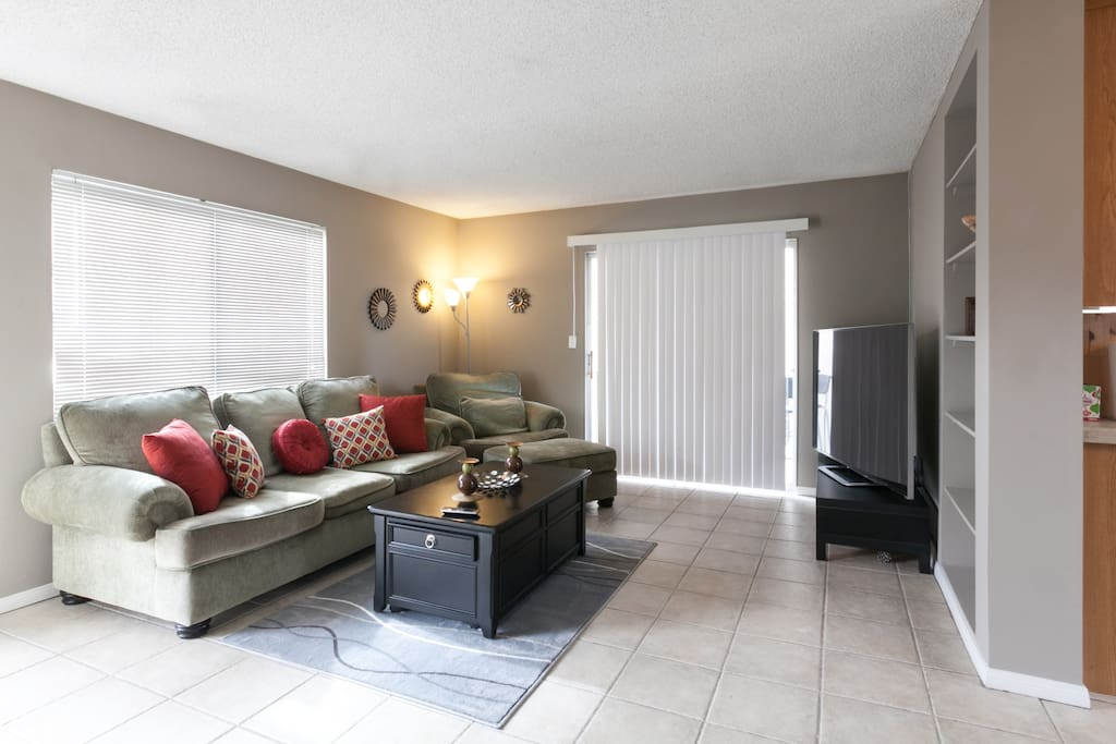 Top Floor Beach Apartment Big Bright And Clean Apartments For Rent In San Diego