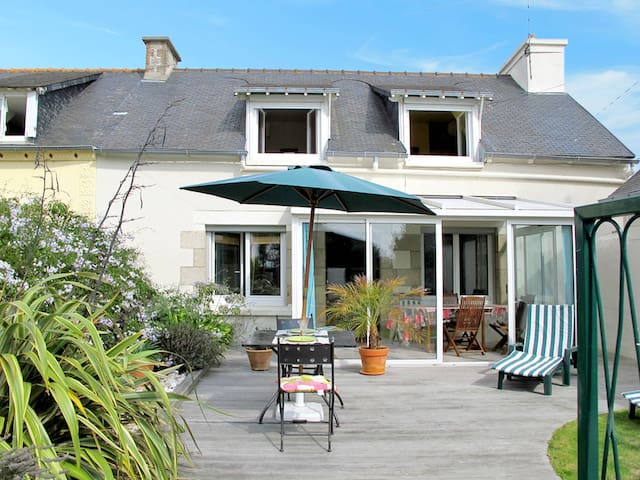 Holiday home in Etables sur Mer