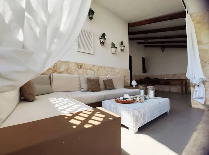 Lovely 2-Bed Villa in Ostuni