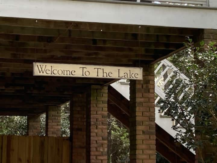 The Lake House-Suite Living & No Cleaning Fee