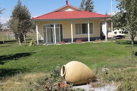 Geghama Willa holiday Park