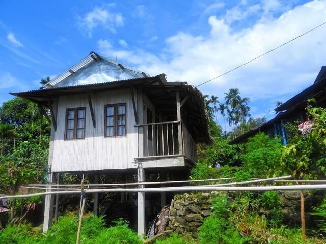 Travellers Hut (I)