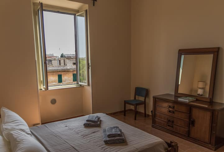 Beautiful room in Pigneto neighbourhood