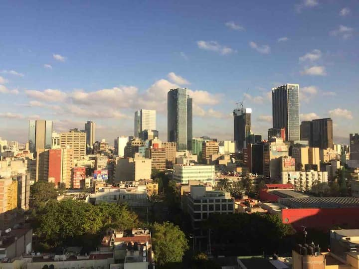 Centrally located Mexico City Apt with great views