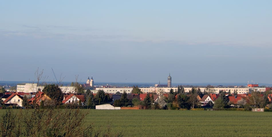 Lori's Stübli mit Panoramablick über Luthers Stadt - Lutherstadt Wittenberg - Kondominium